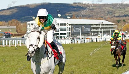 VINTAGE CLOUDS (Ryan Mania) wins The Ultima Handicap Chase Cheltenham