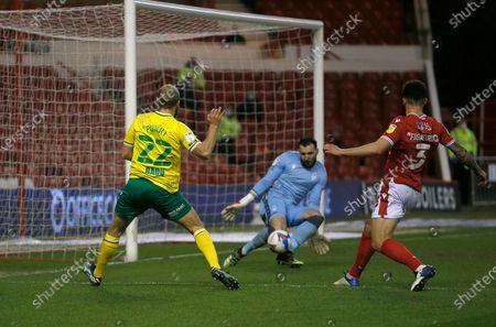 Nottingham Forest's Jordan Smith saves from Norwich's Teemu Pukki