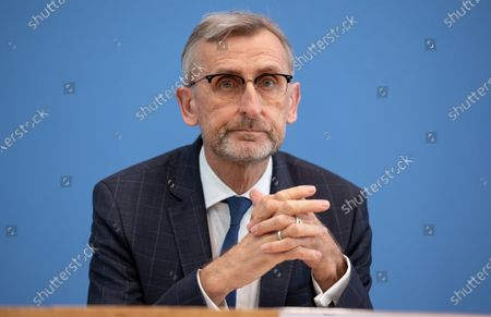 Stock Picture of Armin Schuster, President of the Federal Office for Civil Protection and Disaster Relief at Federal Press Conference to strengthen population protection.