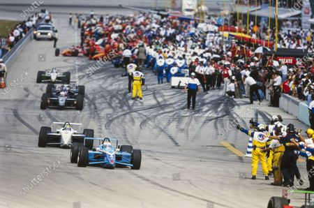 HOMESTEAD-MIAMI SPEEDWAY, UNITED STATES OF AMERICA - MARCH 21: Drivers head out of the pits. Patrick Carpentier, Forsythe Racing, Reynard 99i Mercedes, leads Hélio Castroneves, Hogan Racing, Lola B99/00 Mercedes, and Michael Andretti, Newman/Haas Racing, Swift 010.c Ford at Homestead-Miami Speedway on Sunday March 21, 1999 in Miami, United States of America. (Photo by LAT Images)