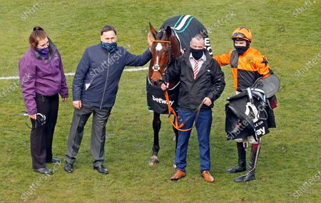 PUT THE KETTLE ON (Aidan Coleman) with Henry de Bromhead after The Betway Queen Mother Champion Chase Cheltenham