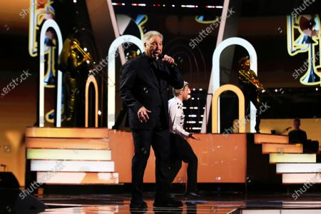 Coaches' performance - Tom Jones and Olly Murs