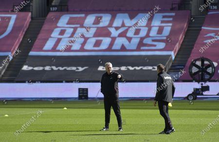 David Moyes and Stuart Pearce of West Ham United during Training