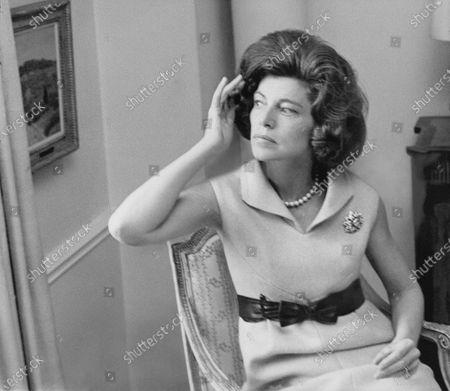Editorial photo of Vogue March 01, 1968 Portrait
