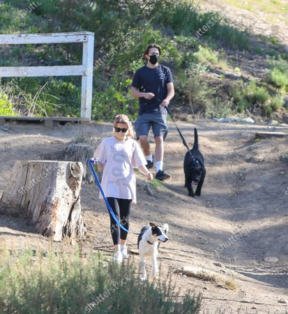 Ava Phillippe and Deacon Phillippe out for a hike
