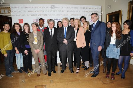 Penelope Curtis, Yves Carcelle, Boris Johnson, Susan Whiteley with Young Artists