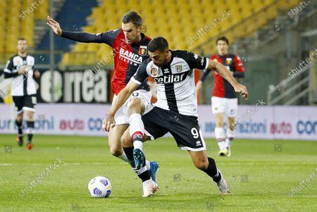 Parma's Graziano Pelle (R) and Genoa's Kevin Strootman (L) in action during the Italian Serie A soccer match Parma Calcio vs Genoa CFC at Ennio Tardini stadium in Parma, Italy, 19 March 2021.