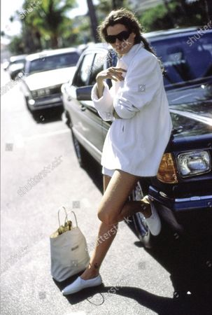 Editorial photo of Vogue April 01, 1989 Fashion Feature, USA