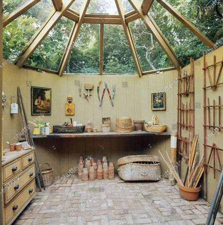A garden shed designed by Bunny Mellon for hairstylist, Kenneth Battelle.