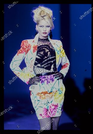 Model walks Thierry Mugler's Spring 1997 Haute Couture Runway collection. Aline Weber