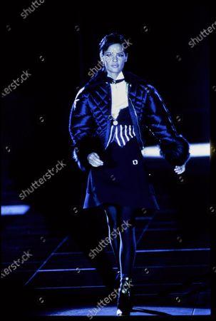 Versace Fall 1992 RTW runway show. Nadege du Bospertus