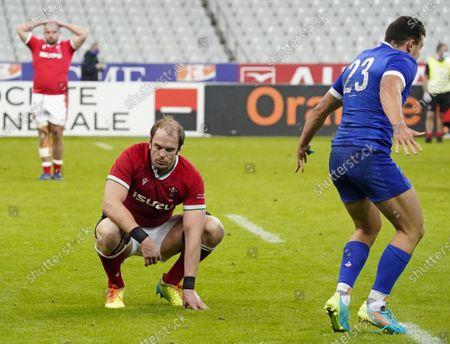 France vs Wales. Wales' Alun Wyn Jones dejected after the game