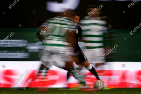 Ricardo Quaresma of Vitoria SC (C ) in action during the Portuguese League football match between Sporting CP and Vitoria SC at Jose Alvalade stadium in Lisbon, Portugal on March 20, 2021.