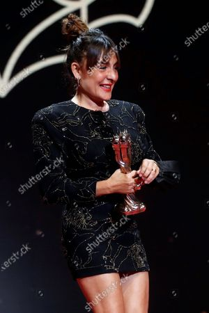 Candela Pena speaks after receiving the Best Actress Gaudi Award for 'La Boda de Rosa' during the 13th Gaudi Awards gala held in Barcelona, Catalonia, Spain, 21 March 2021.