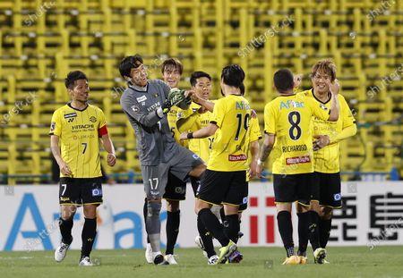 Kim Seung Gyu (Reysol), Kashiwa Reysol team group - Football / Soccer : 2021 J1 League match between Kashiwa Reysol 2-1 Shonan Bellmare at Sankyo Frontier Kashiwa Stadium, Chiba, Japan.