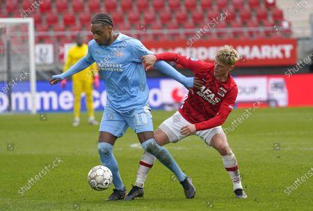 Pablo Rosario (PSV) and Albert Gudmundsson (AZ)