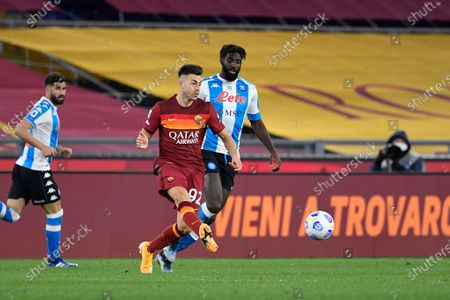 Stephan El Shaarawy of AS Roma and Tiemoue' Bakayoko of SSC Napoli seen in action