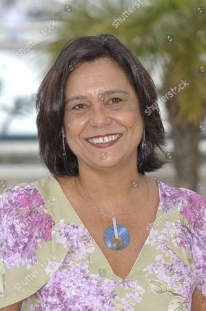 Ana Maria Magalhaes