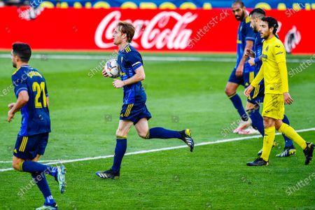 Alex Fernandez of Cadiz CF celebrates his goal