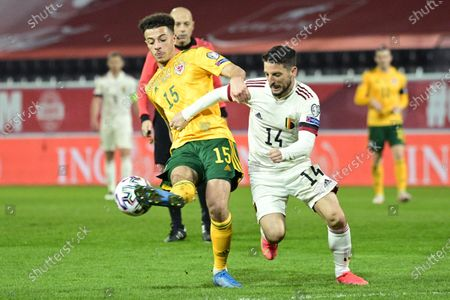 Welsh Ethan Ampadu and Belgium's Dries Mertens fight for the ball during a qualification game for the World Cup 2022 in the group E between the Belgian national team Red Devils and Wales (first out of eight games), Wednesday 24 March 2021 in Leuven.