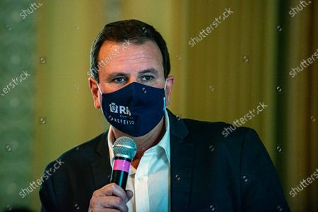 The Mayor of Rio Eduardo Paes announces an emergency financial aid package for the most needy part of the population on March 24, 2021.