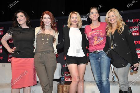 Maria Doyle Kennedy, Jewel Staite, Leah Pipes, Neve McIntosh, and Clare Kramer attends the Chicago Comic and Entertainment Expo C2E2 at McCormick Place in Chicago, Illinois