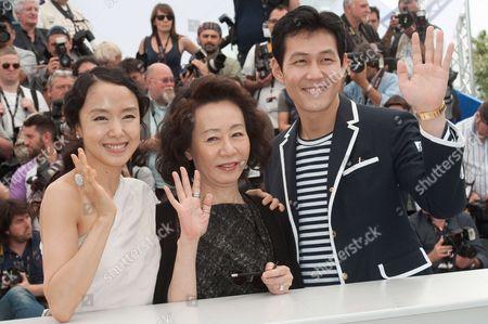 Stock Image of Jung-Jae Lee, Yuh-Jung Youn and Do-Youn Jeon