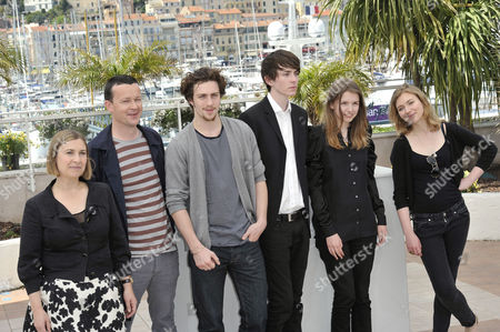 The Director Laura Hastings Smith, Enda Walsh, Aaron Johnson, Matthew Beard, Hannah Murray, Imogen Poots