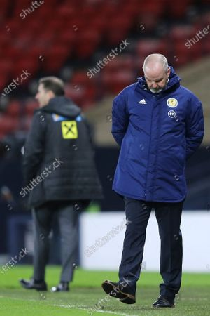 Stock Photo of Head coach Steve Clarke of Scotland during the FIFA World Cup 2022 qualifying soccer match between Scotland and Austria in Glasgow, Britain, 25 March 2021.