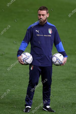 Daniele De Rossi second coach during Italy warm up before match qualifiers FIFA World Cup Qatar 2022 Group C between Italy vs Northern Ireland in Ennio Tardini stadium in Parma.
