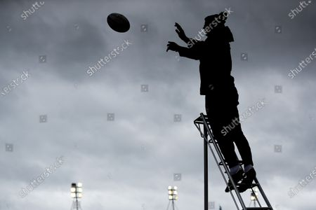 Leicester Tigers Head Coach Steve Borthwick is silhouetted whilst catching line out practice throws in the pre-match warm-up; Mattoli Woods Welford Road Stadium, Leicester, Midlands, England; Premiership Rugby, Leicester Tigers versus Newcastle Falcons.
