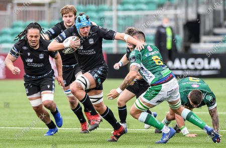 Glasgow Warriors vs Benetton Rugby. Glasgow's James Scott comes up against Riccardo Favretto of Benetton Rugby