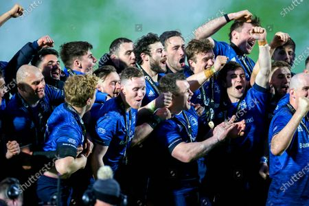 Leinster vs Munster. Leinster's Rhys Ruddock, James Tracy, Andrew Porter, Rory O'Loughlin, Robbie Henshaw, Cian Healy, Jack Conan, Josh Van der Flier and Luke McGrath celebrate as Leinster are Guinness PRO14 champions
