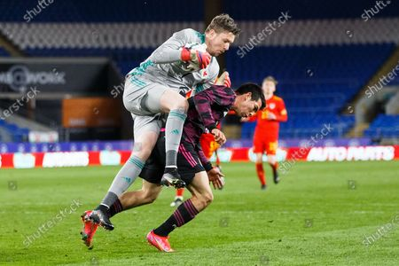 Wales goalkeeper Wayne Hennessey (1) makes a save during the international friendly match between Wales and Mexico at the Cardiff City Stadium, Cardiff