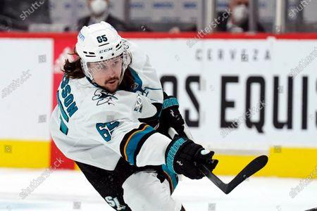 San Jose Sharks defenseman Erik Karlsson (65) in the first period during an NHL hockey game against the Arizona Coyotes, in Glendale, Ariz