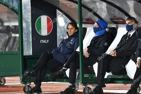 Head coach of Itlay Roberto Mancini (L) during the FIFA World Cup 2022 Qatar qualifying match between Bulgaria and Italy on March 28, 2021 in Sofia, Bulgaria.