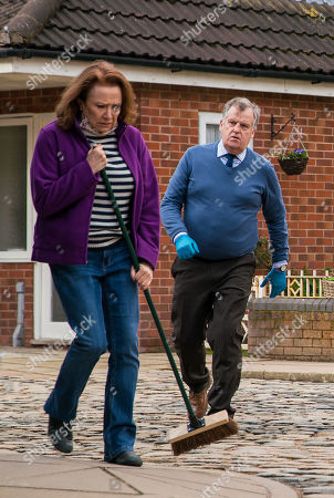 Coronation Street - Ep 10292 Monday 5th April 2021 - 2nd Ep Brian Packham, as played by Peter Gunn, and Cathy Matthews, as played by Melanie Hill, are horrified when someone puts a brick through the Kabin window. Cathy finally cracks and tells Tracy McDonald that she was responsible for the nasty comment online, not Brian.