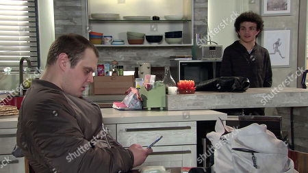 Coronation Street - Ep 10291 Monday 5th April 2021 - 1st Ep When Simon Barlow, as played by Alex Bain, lets himself in, Ned, as played by Stephen Thompson, introduces himself whilst Leanne Tilsley feels sick to the stomach. When Leanne quizzes Ned about the drugs delivery, he becomes suspicious of her motives.