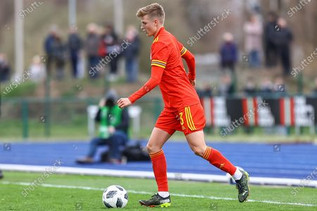 Wale's U18 Thomas Davies (3) in action during the international friendly match between U18 Wales and U18 England at Leckwith Stadium, Cardiff