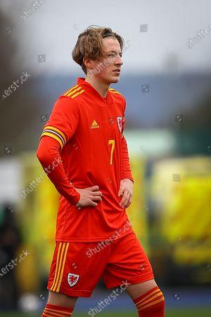 Wale's U18 Charlie Savage (7) during the international friendly match between U18 Wales and U18 England at Leckwith Stadium, Cardiff