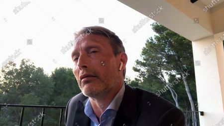 Mads Mikkelsen - Another Round