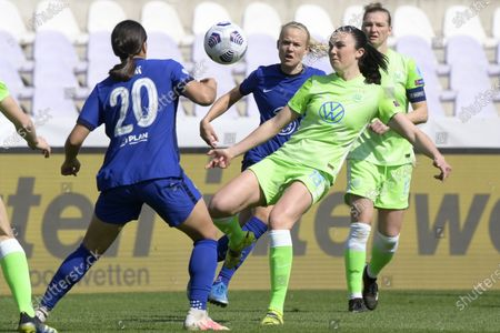 Samantha Kerr of Chelsea (L) and Ingrid Syrstad Engen of Wolfsburg (R) in action during the UEFA Women's Champions League quarterfinal second leg soccer match Vfl Wolfsburg vs Chelsea in the Ferenc Szusza Stadium in Budapest, Hungary, 31 March 2021.
