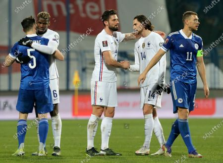 Olivier Giroud (C) of France celebrates with teammate Adrien Rabiot (2-L) after the FIFA World Cup 2022 qualifying soccer match between Bosnia & Herzegovina and France in Sarajevo, Bosnia and Herzegovina, 31 March 2021.