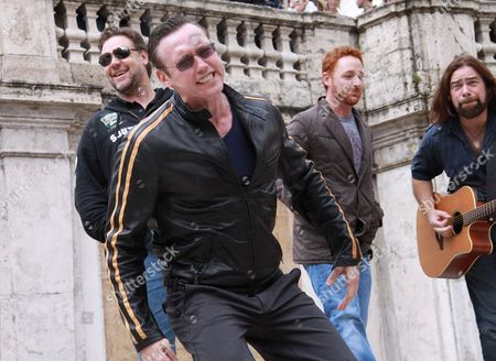 Russell Crowe, Kevin Durand, Scott Grimes and Alan Doyle