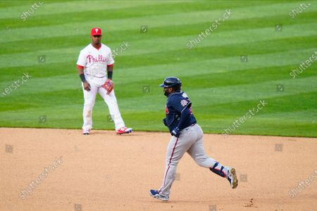 Atlanta Braves' Pablo Sandoval rounds the bases after hitting a two-run home run during a baseball game against the Philadelphia Phillies, in Philadelphia