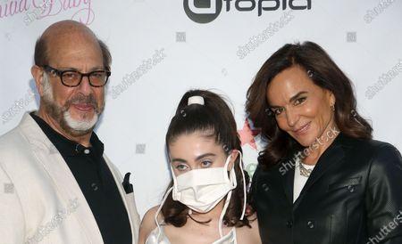 Los Angeles, CA -April 1 - Rachel Sennott, Polly Draper, Fred Melamed