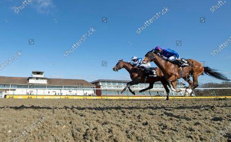 Bangkok (Silvestre de Sousa,left) beats Palavecino in the all-weather middle distance championships Lingfield