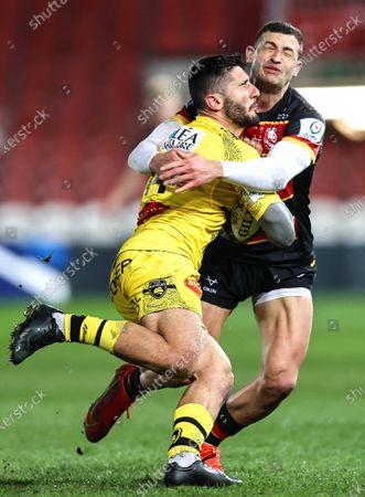 Gloucester vs La Rochelle. La Rochelle's Arthur Retiere with Jonny May of Gloucester