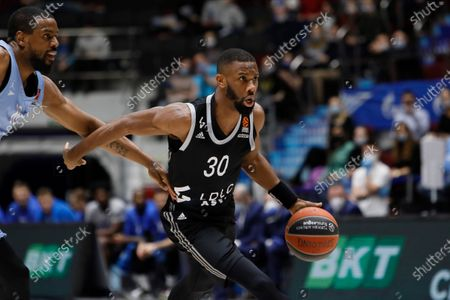 Norris Cole (R) of LDLC ASVEL Villeurbanne and Will Thomas of Zenit St Petersburg in action during the EuroLeague Basketball match between Zenit St. Petersburg and LDLC ASVEL Villeurbanne on April 2, 2021 at Sibur Arena in Saint Petersburg, Russia.