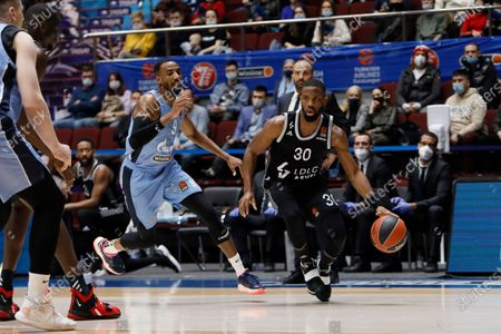 Norris Cole (R) of LDLC ASVEL Villeurbanne and Austin Hollins of Zenit St Petersburg in action during the EuroLeague Basketball match between Zenit St. Petersburg and LDLC ASVEL Villeurbanne on April 2, 2021 at Sibur Arena in Saint Petersburg, Russia.